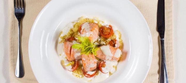 Read more about the article Τι χρώμα πιάτα πρέπει να χρησιμοποιείς για να τρως λιγότερο