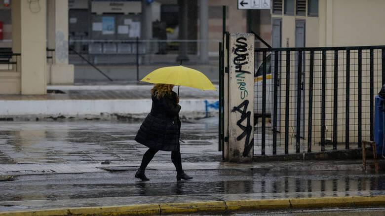Καιρός: Πού αναμένονται καταιγίδες και χιονοπτώσεις την Τρίτη