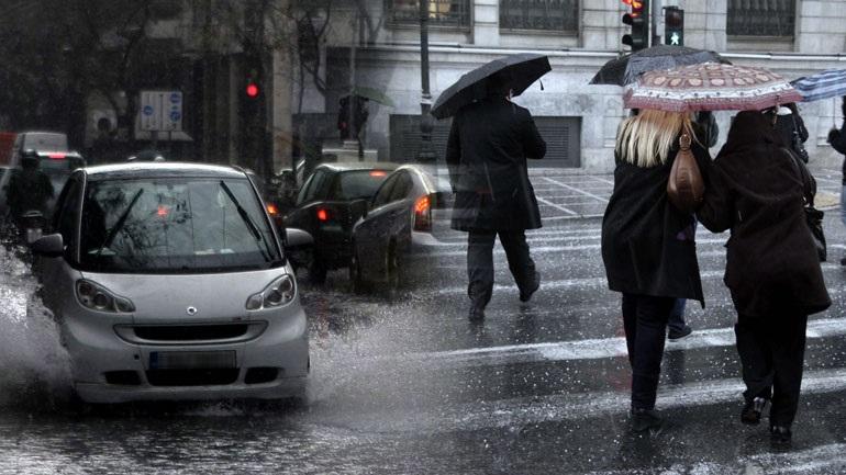 Κακοκαιρία: Θυελλώδεις άνεμοι, κρύο και χιονοπτώσεις