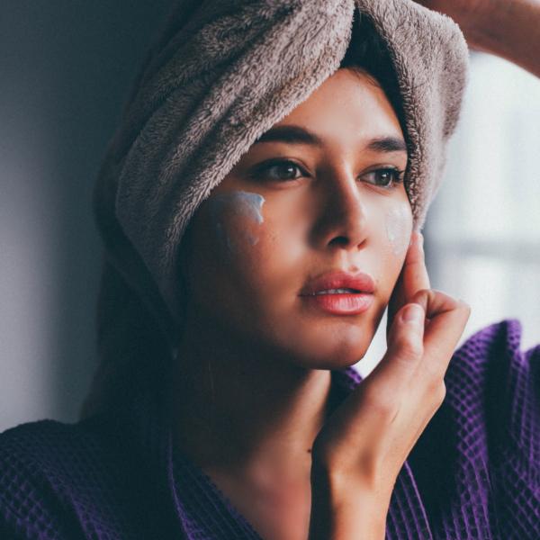 Μήπως κάνετε και εσείς αυτά τα τρία λάθη όταν ενυδατώνετε το δέρμα σας;