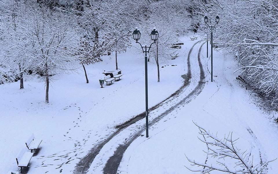 Καιρός: Έρχεται νέος χιονιάς – το «στρώνει» και στην Αθήνα