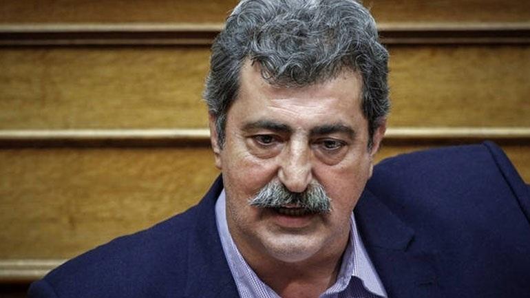 Read more about the article Επίθεση με μολότοφ στο σπίτι του Παύλου Πολάκη στο Μοσχάτο
