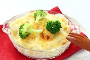 Μπρόκολο ψητό με τυρί