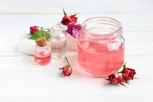 Read more about the article Αναζωογονητικό μείγμα για ευαίσθητο δέρμα για να να μειώσετε τις ρυτίδες