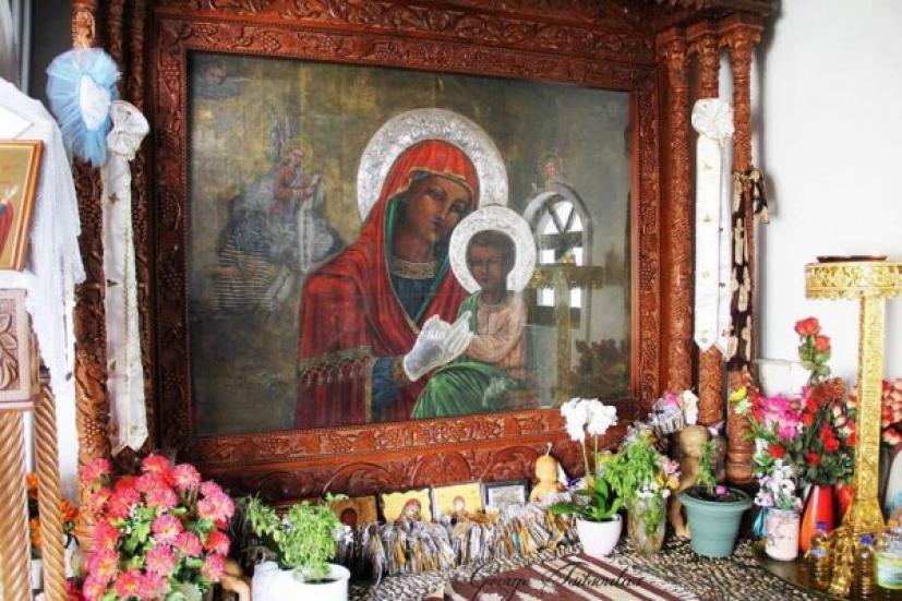 «Ένα ανεξήγητο μυστήριο συνδέεται με την εικόνα της Παναγίας της Τσαμπίκας»
