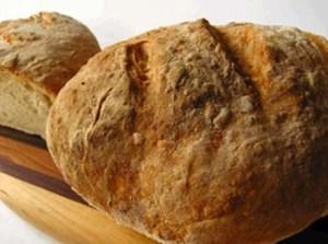 Read more about the article Φτιάξτε πεντανόστιμο Αγιορείτικο ψωμί μόνο με 4 υλικά!