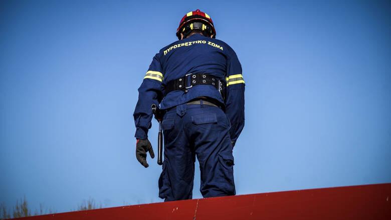 Προσλήψεις: Θέσεις για 962 εποχικούς πυροσβέστες – Ξεκινά η υποβολή αιτήσεων την Τετάρτη