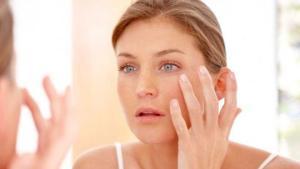 Πώς να φτιάξεις το δικό σου serum για το πρόσωπο