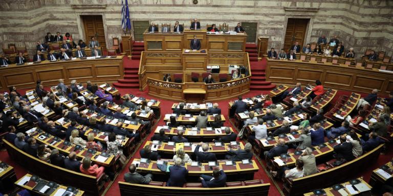Πέρασε το νομοσχέδιο για το επιτελικό κράτος – Πως ψήφισαν τα κόμματα