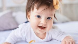 Υπάρχουν μωρά που κοιμούνται με ανοιχτά τα μάτια – Γιατί συμβαίνει αυτο;