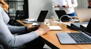 Εκ περιτροπής εργασία: Έρχονται περικοπές μισθών ως 30% – Παραδείγματα