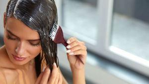 Γιατί προτιμάμε τις φυτικές βαφές μαλλιών