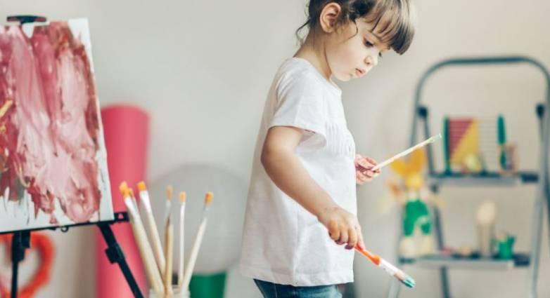Τι μπορούμε να μάθουμε από τη ζωγραφιά του παιδιού μας;