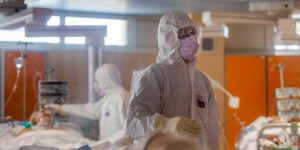 Read more about the article Κορωνοϊός -Ιταλία: 100χρονος ιάθηκε στο νοσοκομείο του Ρίμινι