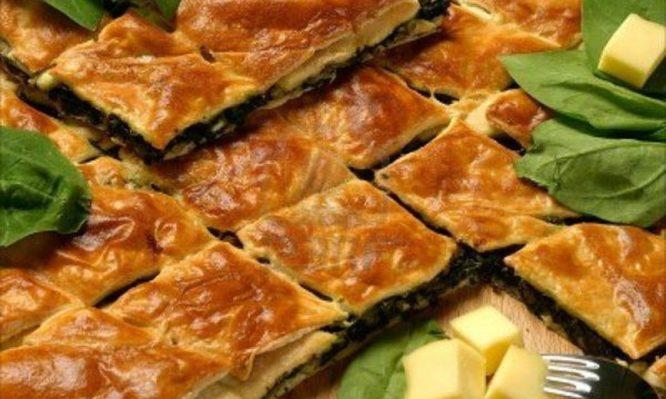 Αυθεντική αγιορείτικη μανιταρόπιτα με σπανάκι.fiftififti.eu