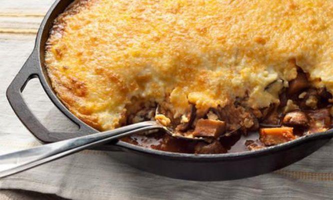 Read more about the article Μοναστηριακή συνταγή: Μελιτζάνες σα…μουσακάς!