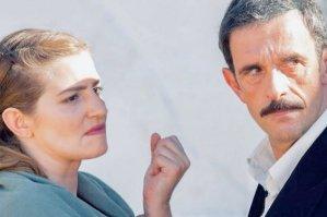 Read more about the article ΑΓΡΙΕΣ ΜΕΛΙΣΣΕΣ – Spoiler: «O Δούκας θα προσπαθήσει να κάνει κακό στην Ελένη»