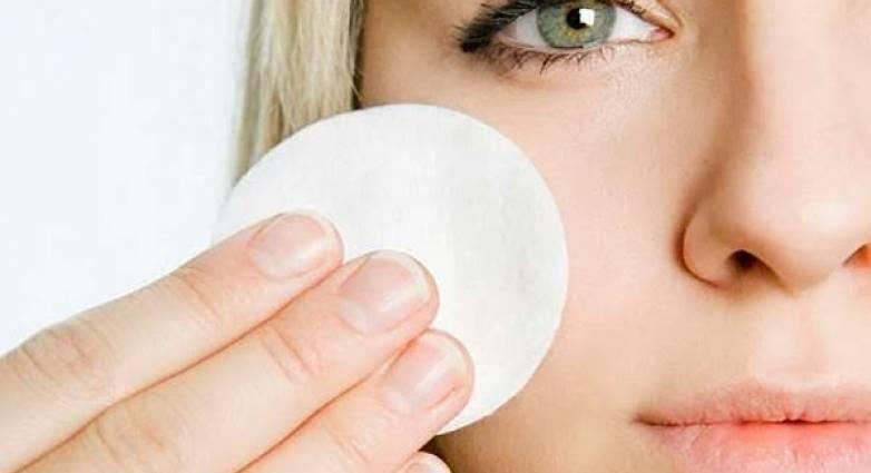Read more about the article Μπορείς να ξεβάψεις τα μάτια σου χωρίς γαλάκτωμα καθαρισμού!