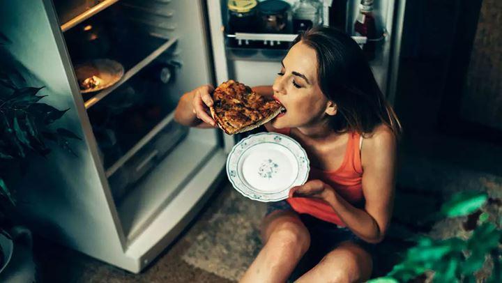 Read more about the article Τι δεν πρέπει να τρώμε το βράδυ αν είμαστε σε δίαιτα