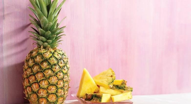 Ανανάς: Το τροπικό φρούτα που πρέπει να εντάξετε σήμερα στη διατροφή σας