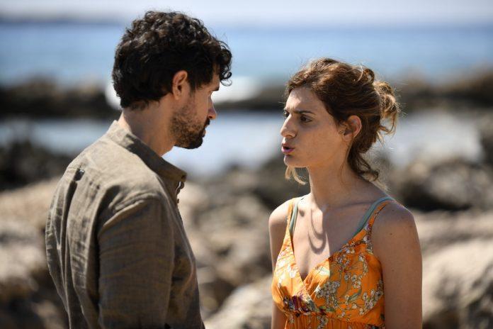 Read more about the article ΣΑΣΜΟΣ :Η Αργυρώ και ο Αστέρης συναντιούνται για πρώτη φορά-Ο Πέτρος χωρίζει τη Θοδώρα