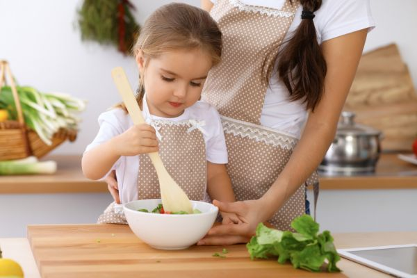 Read more about the article Υγιεινή διατροφή – Έτσι θα την αγαπήσει το παιδί