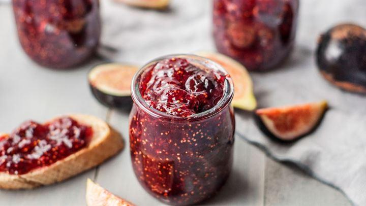 Read more about the article Σπιτική μαρμελάδα σύκο για τα φθινοπωρινά πρωινά