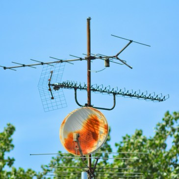 Benefits and Reasons of Choosing TV Antenna Installers