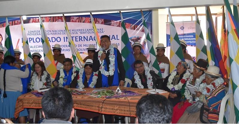 Se inicia Diplomado para fortalecer el liderazgo de mujeres indígenas de Bolivia