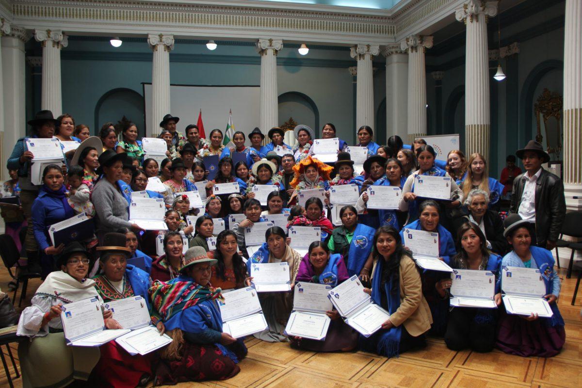 Culminó Diplomado Internacional para el Fortalecimiento del Liderazgo de Mujeres Campesinas Indígenas Originarias de Bolivia