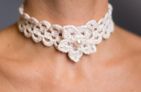 Collection Victoria - Le collier avec fleur