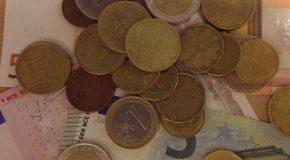 ITALIANI SEMPRE PIU' POVERI: DAL 2007 PERSI 1.000 EURO DI REDDITO