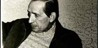 -AMD,127,19.1. Miguel Delibes Setién durante una entrevista. Fotógrafa Queca. 1977 / Fuente: Archivo Miguel Delibes