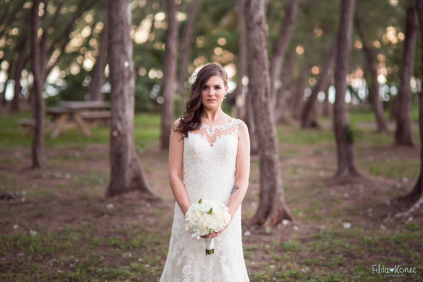 beautiful bride at fort zachary taylor state park