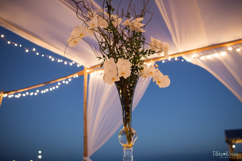 centerpiece at the beach reception
