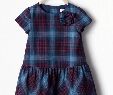Weihnachtsoutfit Kleid Kind Zara
