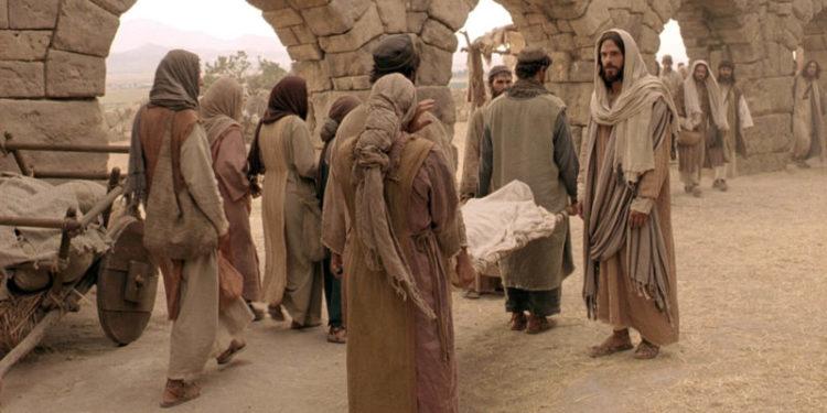 ressurreição do filho de uma viúva