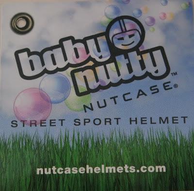 Baby Nutty Petal Power, ein Helm zur Sicherheit