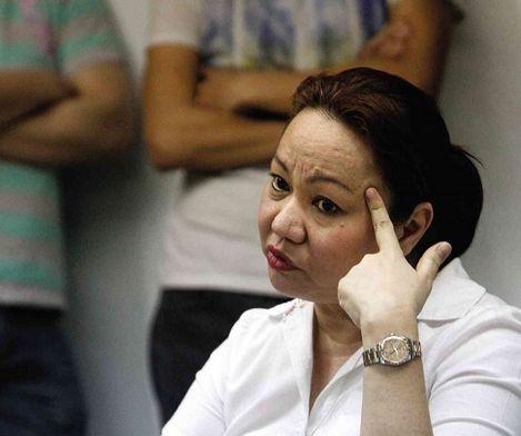 'Dagdag-bawas' going on in Napoles' list of lawmakers in pork barrel scam?