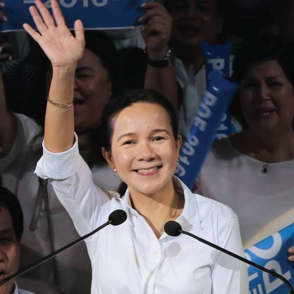 Poe maintains lead over Binay in latest Pulse Asia poll, but will her luck last?