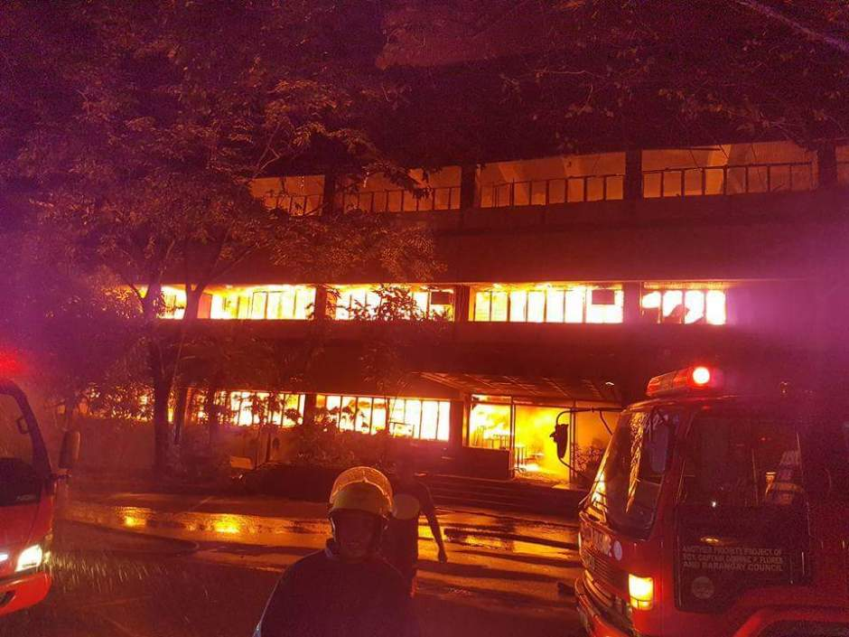 Firefighters in UP Diliman Faculty Center (Photo credits: Ronan Li)