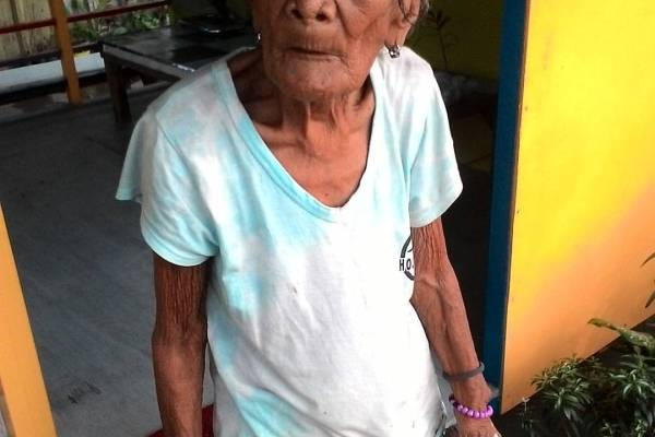 abandoned elderly philippines