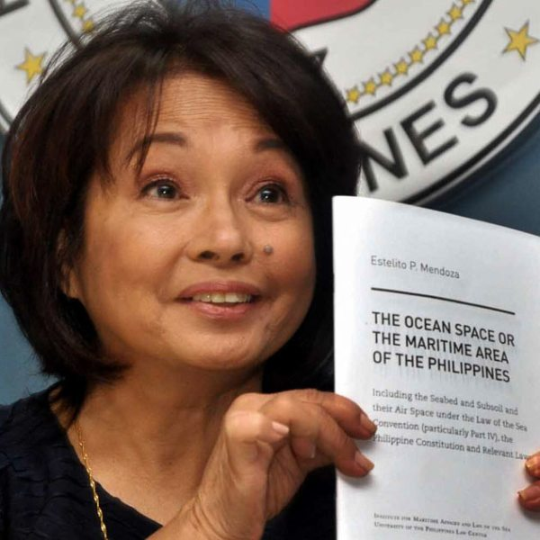 #FlashbackFriday – When Gloria Arroyo declared martial law in 2009