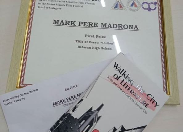 Winning 1st prize in Quezon City's 2020 Women's Month essay writing tilt