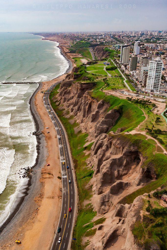 Lima, Peru, fly, Pacific Ocean, beach, highway, South America, paragliding, seascapce, cityscape, coast, Miraflores, aerial view, bird's-eye view