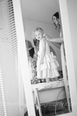 brides-getting-ready-24