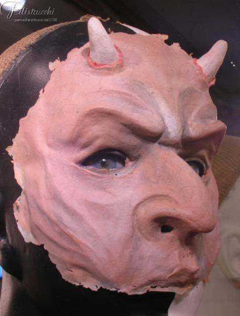 Maschera da diavolo