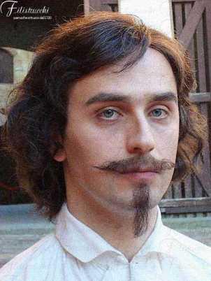 Attore che impersona Bernini giovane con baffi