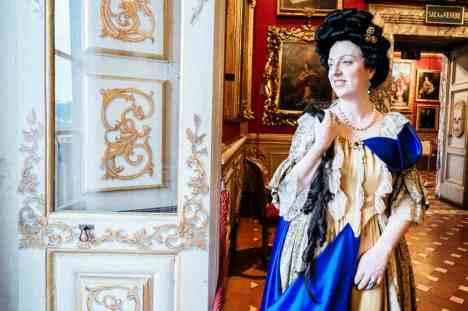 Anna Maria Luisa de Medici con parrucca Filistrucchi