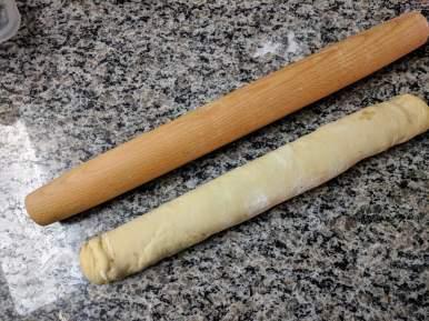 fluffy cinnamon roll log